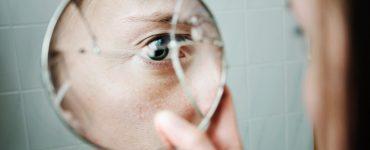Ayna Kırılmasının Neden Uğursuzluk Getirdiğine İnanılır?
