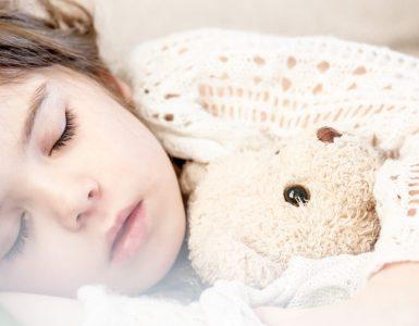 Niçin Uyuruz?