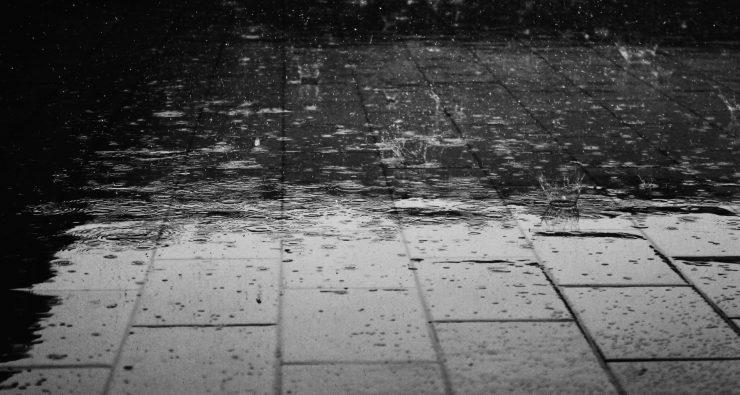 Yağmurda Koşan Niçin Daha Çok Islanıyor?