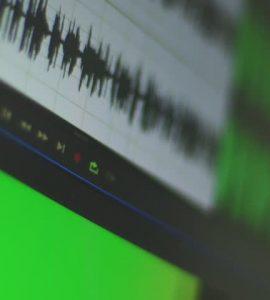 Sesimiz Kayıtlarda Niçin Normalde Duyduğumuzdan Farklı Çıkar?