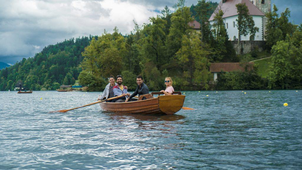 Avrupa Rüyası Katılımcıları (Bled Gölü, Slovenya)