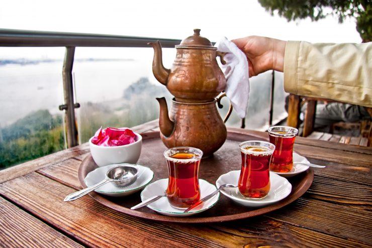 Çay Demlenmeden Önce Yıkanır mı?